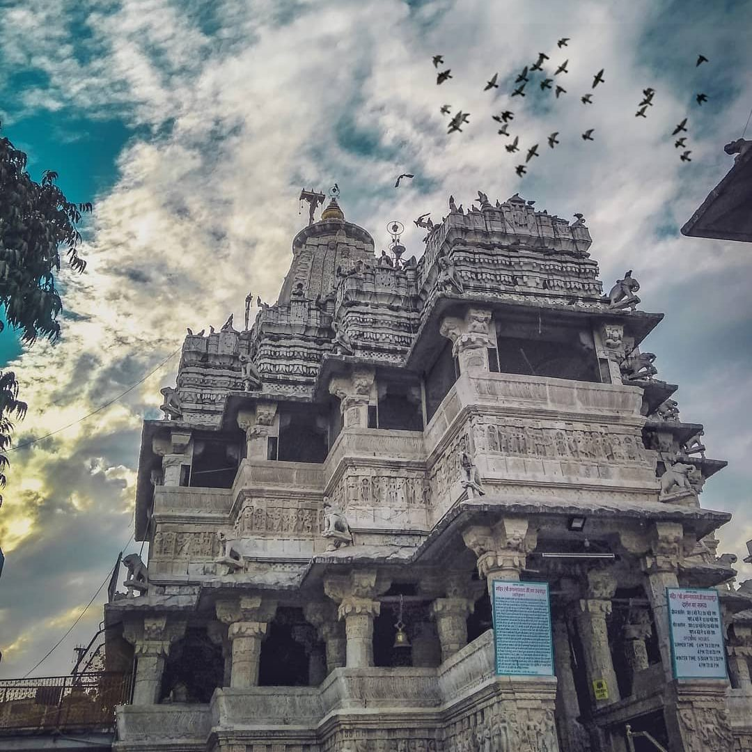 Jagdish temple: places to must visit in udaipur